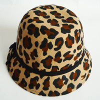 leopard printing hat