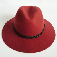 felt hat with PU braid band