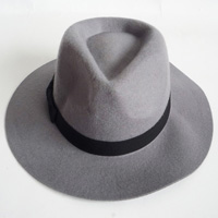 felt hat with satin band